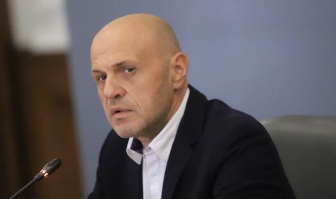 Томислав Дончев: Засегнатите бизнеси ще кандидатстват за помощи по електронен път