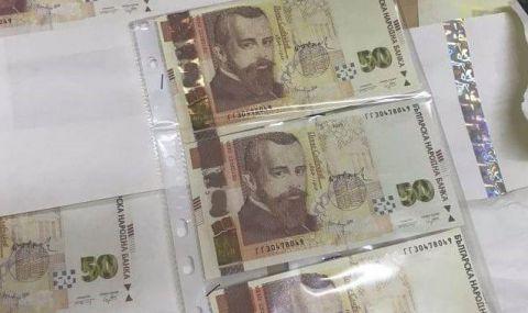 В Русе закопчаха двама младежи, печатали фалшиви пари