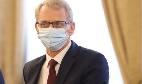 Николай Денков: Ваксинирани са над 30% от учителите