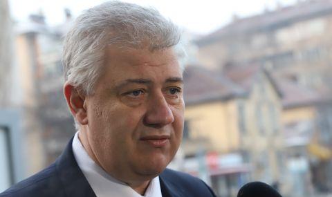 """Проф. Асен Балтов е уволнен от """"Пирогов"""""""